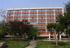 石家庄工程技术学校第二教学楼
