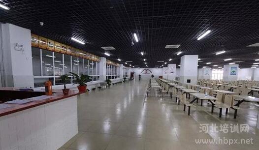石家庄财经商贸学校食堂